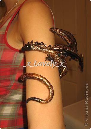 Эм...похоже я зациклилась на драконах... Это мой браслет)))