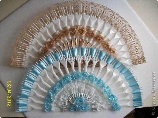 Попробуем сделать простой веер из пластмассовых одноразовых вилок. фото 34