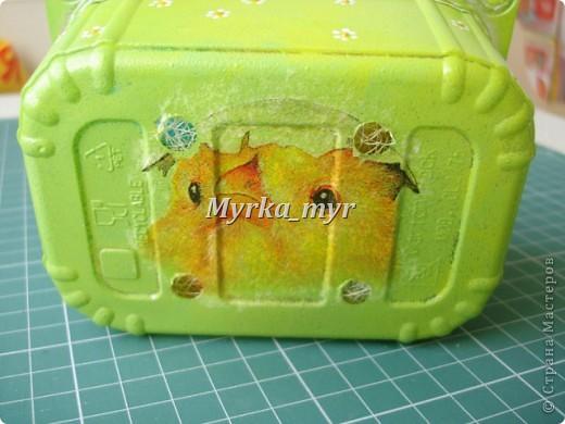 """Такую простую коробочку можно сделать для пасхальных яичек. Коробочка родилась потому что свекровь позвала в гости на пасху. И я подумала:"""" В чем же я понесу свои красивые яички?""""  фото 2"""