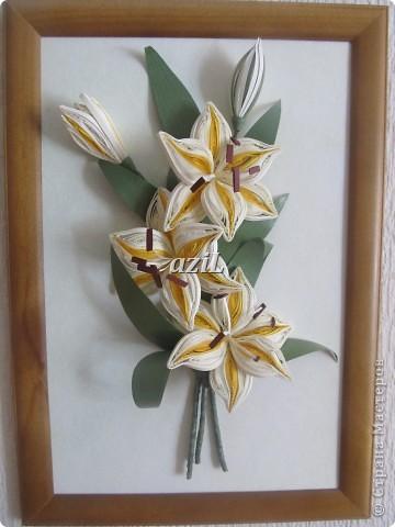 Вот очередные лилии, в этой тональности я их еще не делала. Очень люблю их.  Просто хвастаюсь :))))