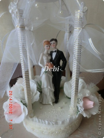 всем привет. мне заказали сделать беседку для жениха и невесты. и вот что у меня получилось.   фото 2