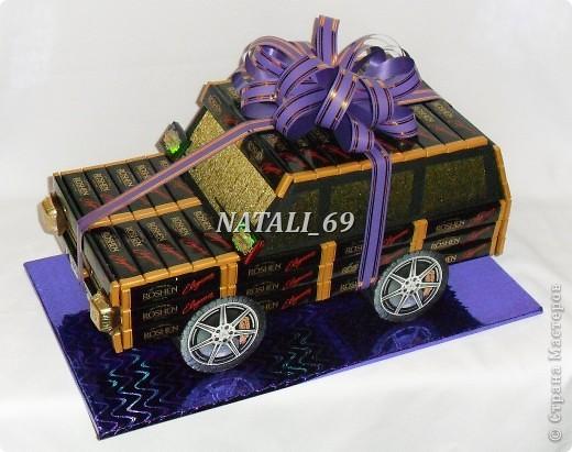 Машина сделана на заказ, ко Дню рождения.  Мужчине исполняется 60 лет.  Его мечта - новый автомобиль.  Супруга решила, что пока этот :), а к лету можно и настоящий приобрести (побольше:))) фото 4