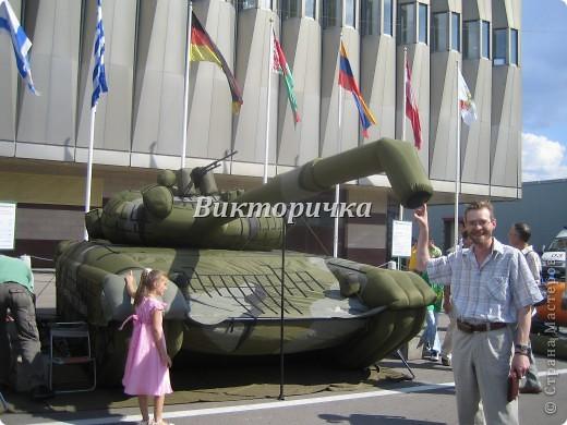 """Давно бродили мысли по созданию ещё одной игрушки для мальчишек ТАНКА. И тут получаю приглашение от Леночки Крошко на """"дегустацию"""" подобной работы. Вдохновившись новыми впечатлениями и собрав всю имеющуюся у меня информацию, приступила к проектированию и чертежам! Итог - Произвольное """"прочтение""""  танка Т-34. фото 15"""