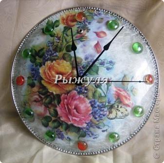Много раз видела в интернете, как делают часы из крышки!  фото 2
