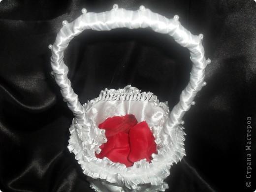 маленькая корзинка,для лепестков роз или для подарков гостям фото 2