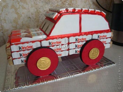 Машина из конфет. фото 2