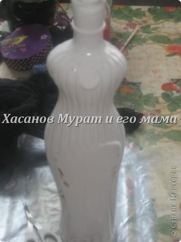 Эту бутылку покрыли акриловой краской фото 1