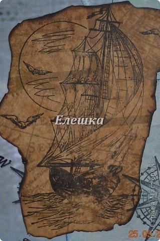 Подружка попросила придумать сувенирчик для ее друга - моряка дальнего плавания. Ну вот собственно, что у меня получилось) Мини-альбом на 10 стандартных фотографий 10*15... Оценивайте) фото 2