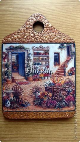 Сотворились у меня вот такие досочки для украшения кухни. Люблю творчество Джанет Крускамп. Слева досочка с распечаткой,справа-с декупажной картой,на ней оттенки теплее. фото 3