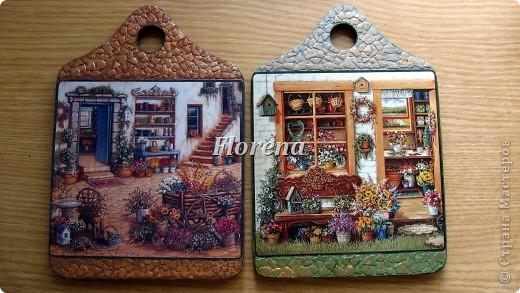 Сотворились у меня вот такие досочки для украшения кухни. Люблю творчество Джанет Крускамп. Слева досочка с распечаткой,справа-с декупажной картой,на ней оттенки теплее. фото 2