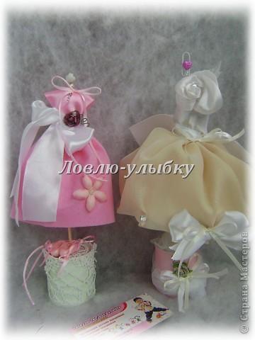 """Вот и я замахнулась на манекены для бижутерии... Это моя """"подружка невесты""""... туфельки из пластики лепила фото 2"""