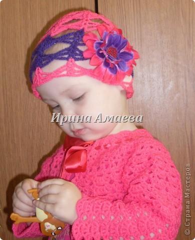 вот такой сарафанчик с кепочкой я связала на лето для дочурки фото 6