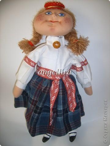 девочка в латышском народном костюме Байба фото 3