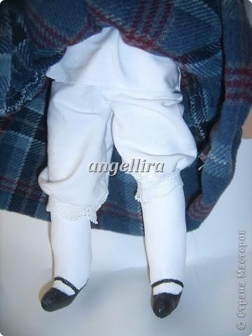 девочка в латышском народном костюме Байба фото 4