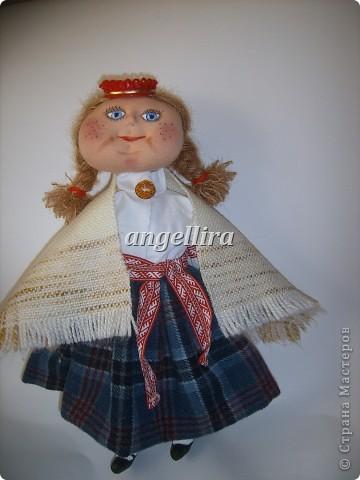 девочка в латышском народном костюме Байба фото 2