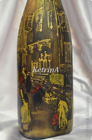 Изобразила столицу Египта - город Каир. Из-за круглой формы бутылки очень трудно передать всю картину в целом. фото 5