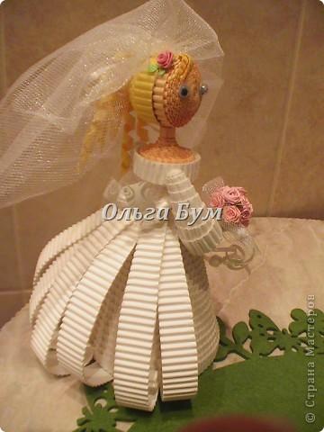 Впервые сделала куколок жениха и невесты. Попросили. Заказчице понравились. А со свадьбы пока отзывов не знаю. Надеюсь мои куколки добавили им капельку веселья! фото 12