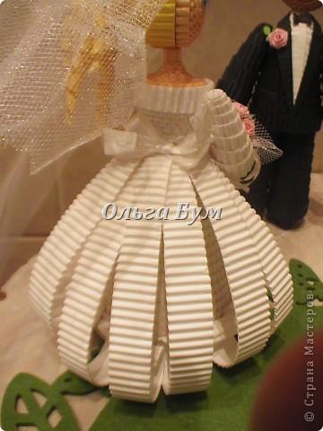 Впервые сделала куколок жениха и невесты. Попросили. Заказчице понравились. А со свадьбы пока отзывов не знаю. Надеюсь мои куколки добавили им капельку веселья! фото 11