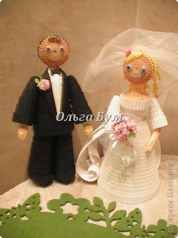 Впервые сделала куколок жениха и невесты. Попросили. Заказчице понравились. А со свадьбы пока отзывов не знаю. Надеюсь мои куколки добавили им капельку веселья! фото 15