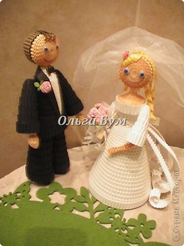 Впервые сделала куколок жениха и невесты. Попросили. Заказчице понравились. А со свадьбы пока отзывов не знаю. Надеюсь мои куколки добавили им капельку веселья! фото 1