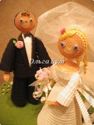 Впервые сделала куколок жениха и невесты. Попросили. Заказчице понравились. А со свадьбы пока отзывов не знаю. Надеюсь мои куколки добавили им капельку веселья! фото 7