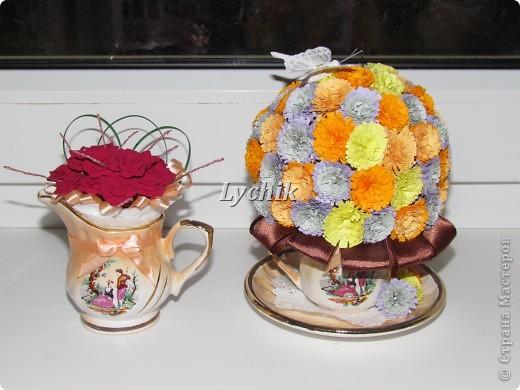 Добрый вечер, дорогие Мастерицы!! Вот решила сделать к кофейному деревцу еще и квиллинговые цветочки и конечно же розы (куда ж я без них!! ;)) ) фото 2