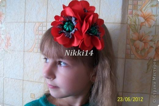 Попробовала себя в этой техенике, очень понравилось. МК маков здесь http://vashschastliviydom.ru/?p=695#more-695