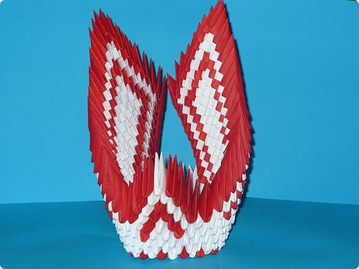 Для одного такого лебедя понадобится: всего 537 модулей. Белых - 362 модуля, красных - 175 модуля (1\16) маленький красный- 1 модуль (1\32) фото 22