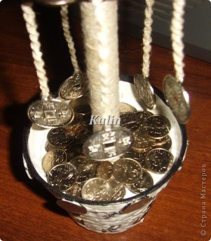 вот такое серебряное деревце...с монетками на счатье... фото 3