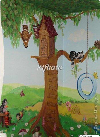 Детская игоровая комната - расписывала акриловыми красками (под заказ), идеи и картинки брала из разных детских книжек фото 1