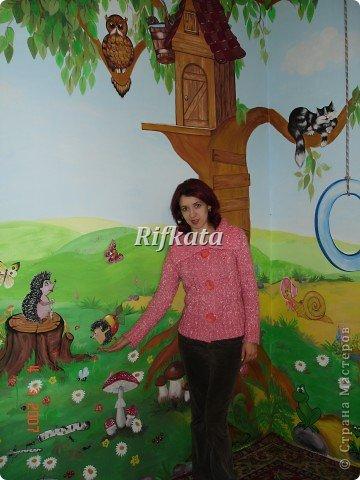 Детская игоровая комната - расписывала акриловыми красками (под заказ), идеи и картинки брала из разных детских книжек фото 5