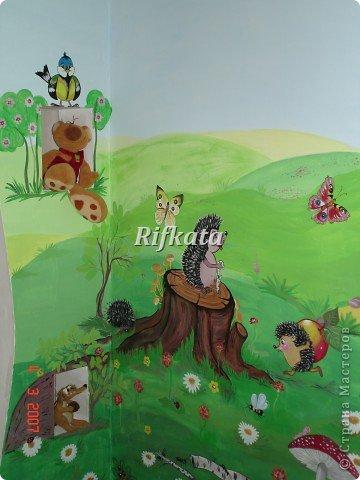 Детская игоровая комната - расписывала акриловыми красками (под заказ), идеи и картинки брала из разных детских книжек фото 4