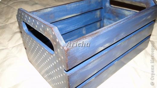 Деревянный ящик с объемным декупажем и легким налетом старины. фото 3