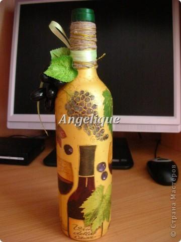 Привет жителям СМ!  Эту бутылочку оформила на День рождения мужчине. Ему понравился подарок. Она входит в пятерочку первых бутылок. Вроде бы неплохо получилось.... фото 2
