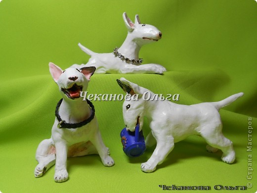 Решила показывать мои лепные фигурки собак по породам, фигурок жуть сколько много, поэтому показываю только любимые. И так бультерьеры!!!!!  фото 2