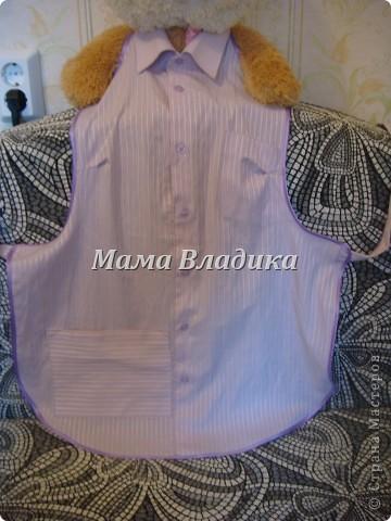 Первый фартук-из передней части рубашки, для меня. Цвет очень красивый - полосочки нежно- сиреневые с белым фото 1
