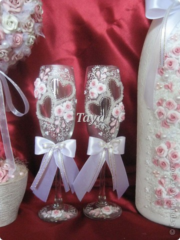 Вот такой набор мне заказали молодожёны из Киева!Бутылочку мне прислали для оформления, она огромная (3л). фото 3