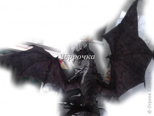 Ледяной Дракон Skyrim .Бумажная модель( papercraft ) Сделала дракона. Очень большой получился. Распечатала на чб принторе около 30 листов. Сделала за 2 недели. фото 9