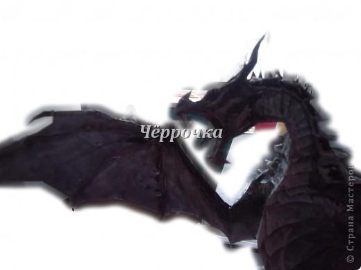 Ледяной Дракон Skyrim .Бумажная модель( papercraft ) Сделала дракона. Очень большой получился. Распечатала на чб принторе около 30 листов. Сделала за 2 недели. фото 10