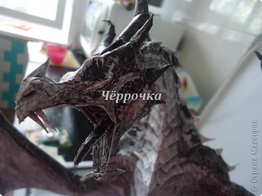 Ледяной Дракон Skyrim .Бумажная модель( papercraft ) Сделала дракона. Очень большой получился. Распечатала на чб принторе около 30 листов. Сделала за 2 недели. фото 6