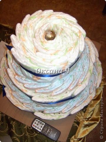 вот и мой торт из памперсов, наконец-то появился повод! фото 3