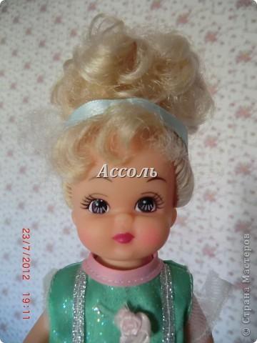 """Вот прицепилась ко мне идея над куклой """"поиздеваться""""... Как-то в поликлинике с  дочей купили такую бедолагу. Звали ее Настя, как и мою малышку, поэтому не удержалась) фото 2"""