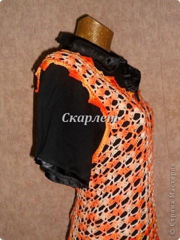 Оранжевый удлинённый топ фото 8