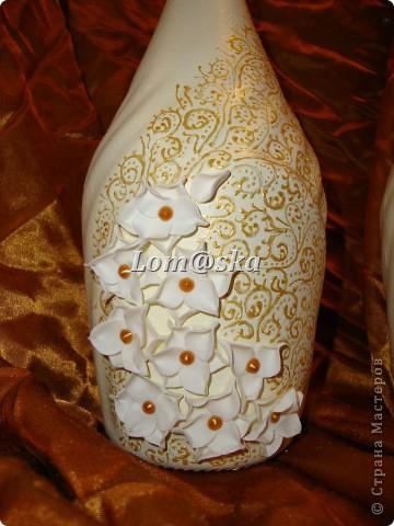 цветы из полимерной глины. серединки- жидкий жемчуг, роспись контуром для стекла. фото 2