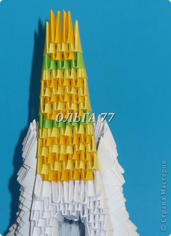 Для данного изделия понадобится: всего 1048  модулей.  Размер используемого модуля  1\32 часть листа, формата А4 Использовалась бумага белого цвета, клей ПВА, балончик с аэрозольной краской серебристого цвета.  фото 48