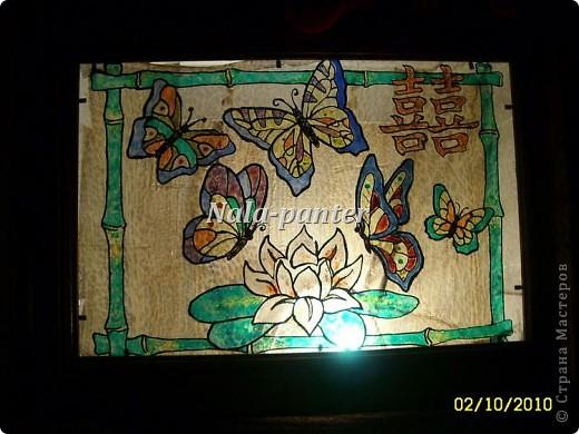 """Ночник в спальню, выполненный в технике """"витраж"""" с помощью витражных красок и лака для ногтей. фото 2"""