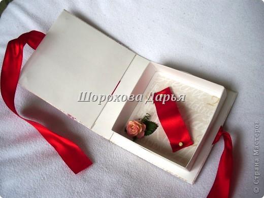 Всем привет! Снова коробочки-коробочки... на этот раз свадебные. 2 штуки коробочек, практически одинаковые. Первая коробочка: фото 3
