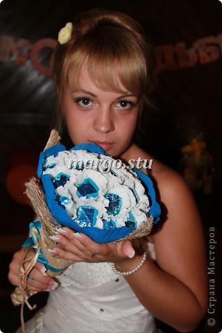 Обворожительная невеста с моим букетом фото 1