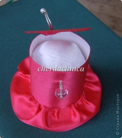 Представляю вашему вниманию мои новые работы! Белая шляпка-заколка, резиночка подсолнух,  декоративная шляпка-шкатулка и коробочка для этой красоты! Фото добавлю. фото 5