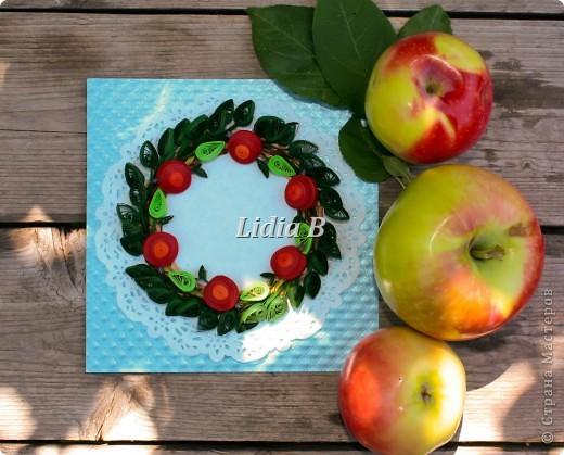 """Получила задание в блоге http://homyachok-scrap-challenge.blogspot.com/  как приглашенный дизайнер в общем задании """"Райские яблочки"""". В итоге получился вот такой веночек из яблочек фото 2"""